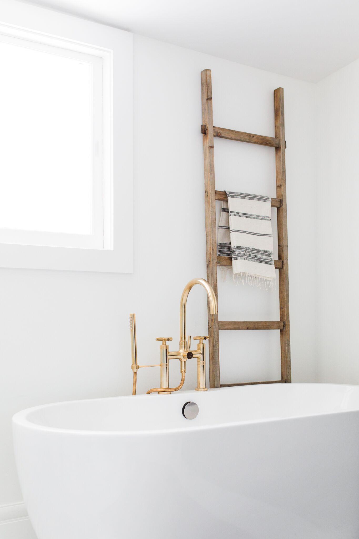 houten-ladder-badkamer