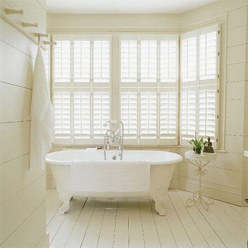 Houten vloer in badkamer interieur inrichting - Badkamer houten vloer ...
