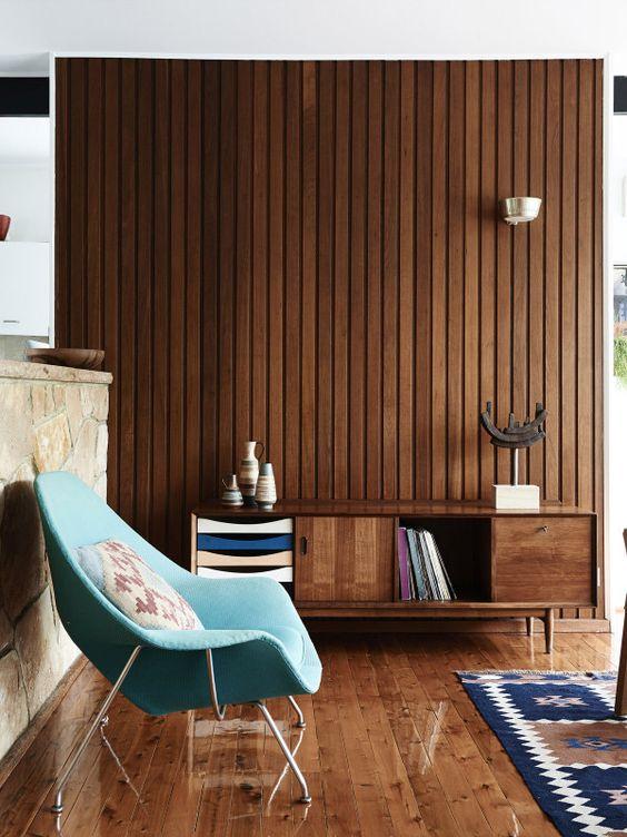 houten-wandbekleding-woonkamer