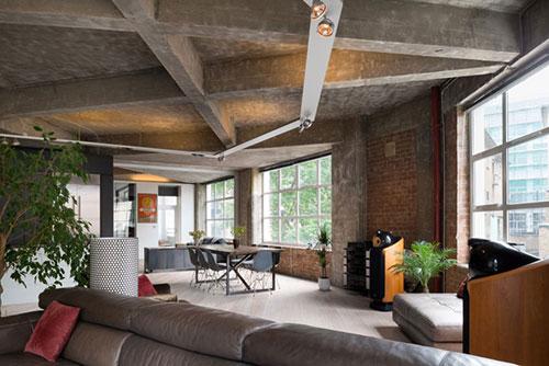 Industrieel loft appartement in londen interieur inrichting for Loft appartement