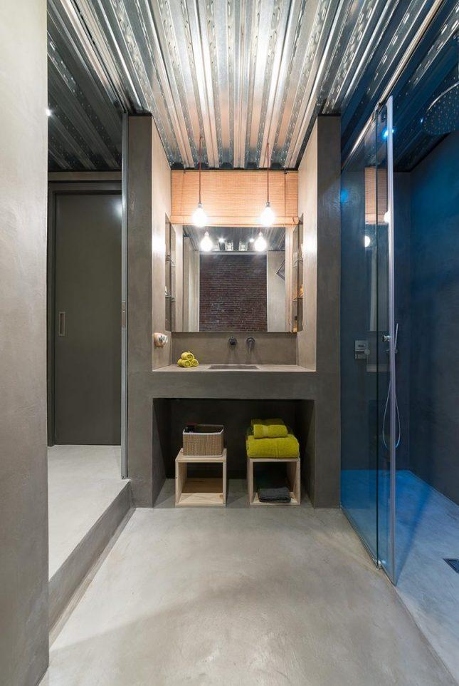 industriele badkamers voorbeelden golfplaat plafond