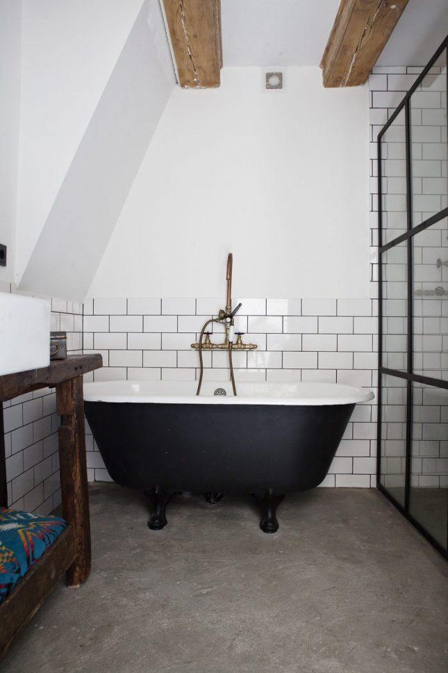 industriele badkamers voorbeelden stoere kraan