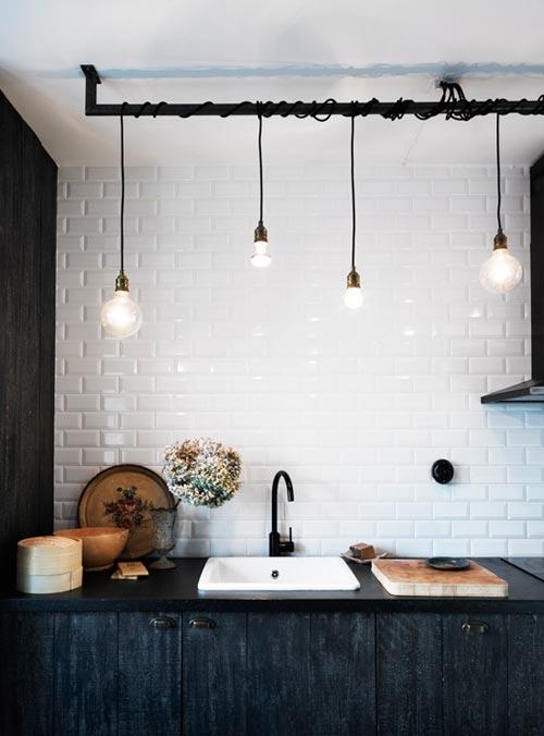 Industriële lampen in de keuken