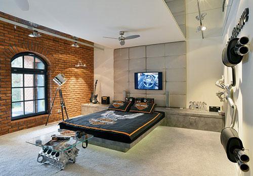 http://www.interieur-inrichting.net/afbeeldingen/industriele-slaapkamer-landelijke-omgeving.jpg