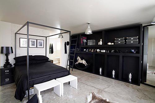 Industriële slaapkamer zwart wit