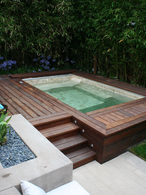 Jacuzzi in tuin interieur inrichting - Small pools for small spaces plan ...