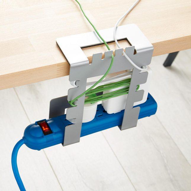 kabels wegwerken bureau