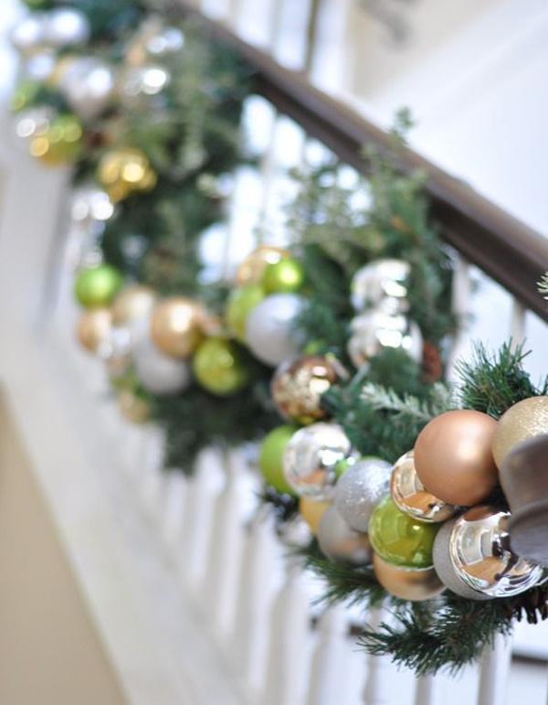 Kerstdecoratie op het balkon