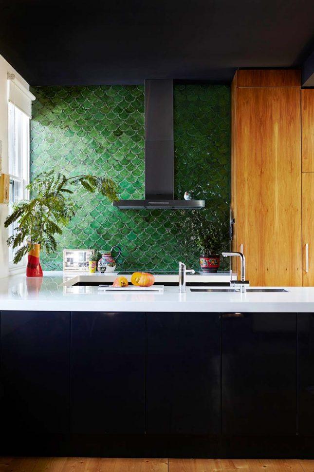 keuken achterwand schubben tegels