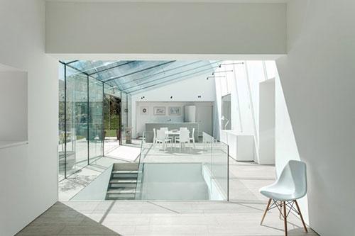 Keuken in enorme serre interieur inrichting