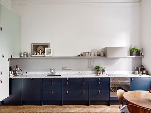 Keuken met open verbinding met woonkamerinterieur inrichting