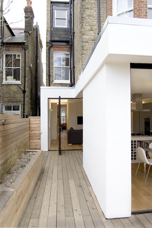 Keuken uitbouw naar een mooie moderne tuin