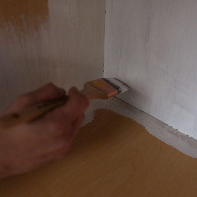 Keukenkastjes verven primer 1