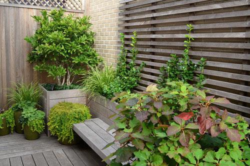 Klassiek balkon ontwerp aan central park interieur inrichting - Inrichting van het terras ...