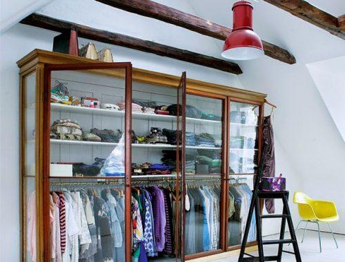 kledingkasten met glazen deuren