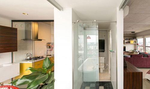 Bordeaux Rode Slaapkamer : Klein industrieel loft appartement ...