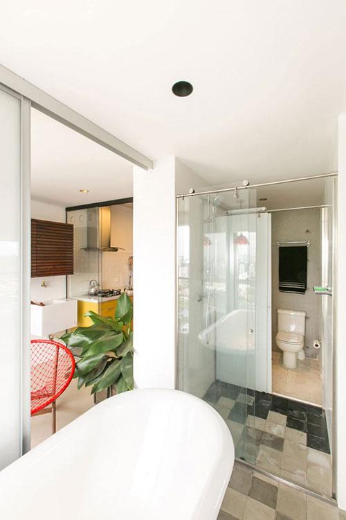 Klein industrieel loft appartement interieur inrichting - Layout klein appartement ...