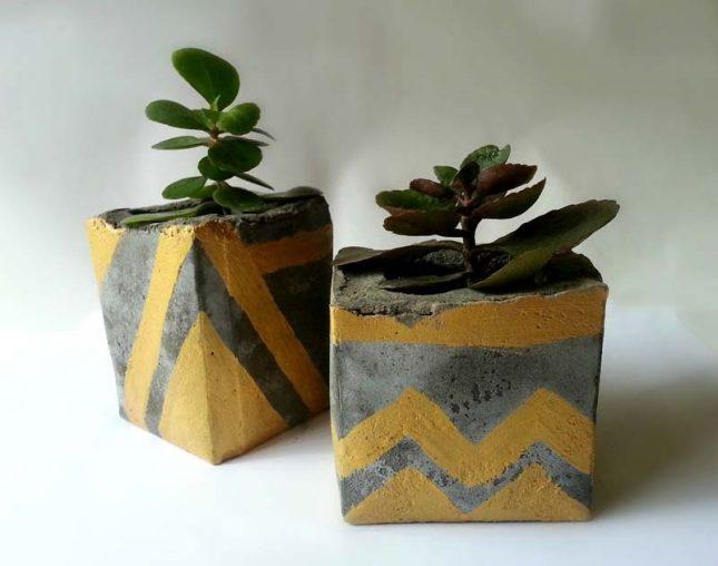 Kleine betonnen bloempotten maken
