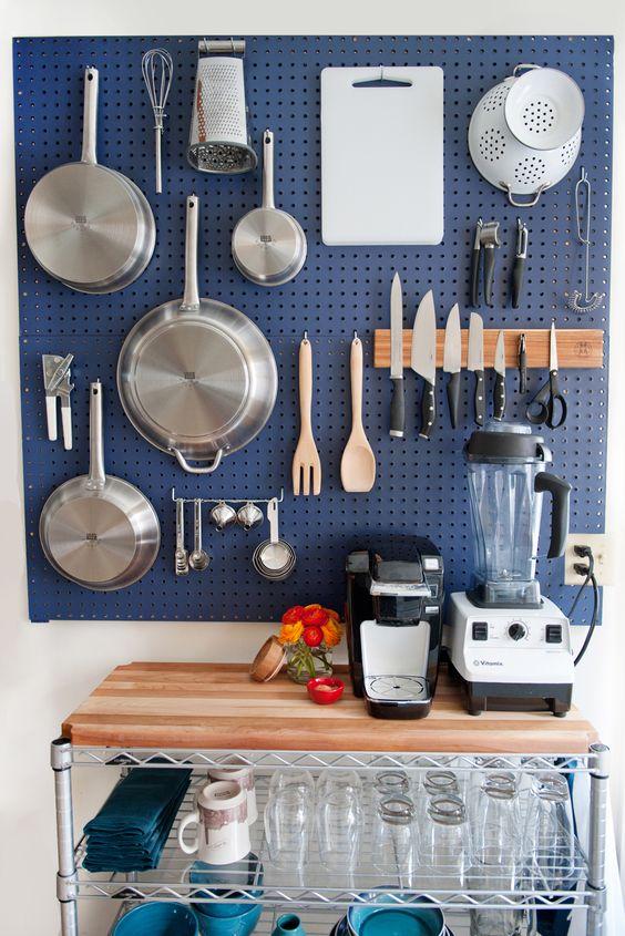 kleine keuken inrichten gaatjesboard