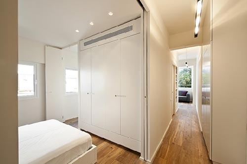 Kleine minimalistische slaapkamer interieur inrichting - Deco kleine studio ...