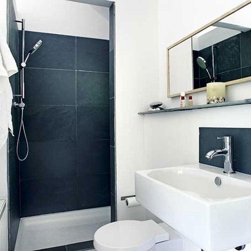 Kleine praktische badkamer