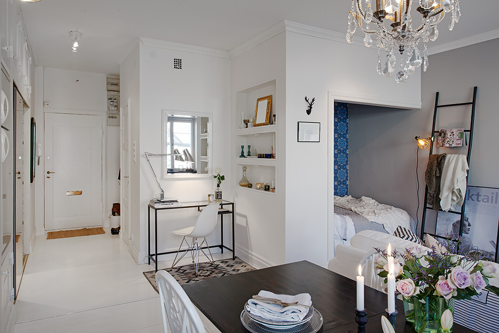 kleine-slaapkamer-in-woonkamer