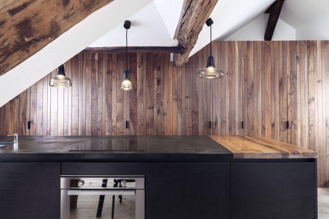 Kleine woonkamer met een mix van rustiek en modern interieur inrichting - Kleine moderne woonkamer ...