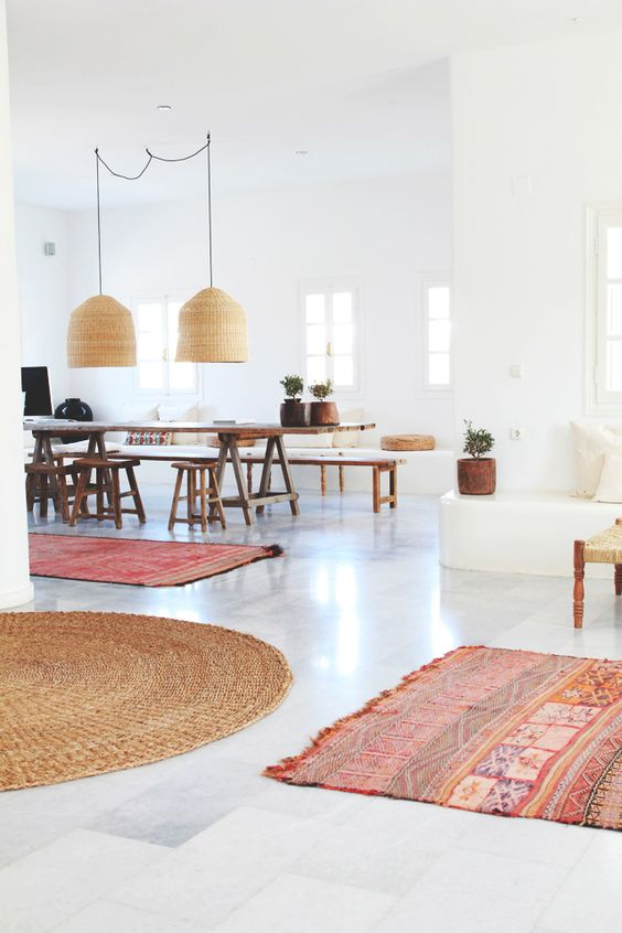 Kleur in een wit interieur interieur inrichting - Kleur appartement ...