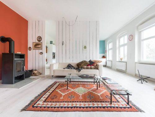 Kleur in een wit interieur