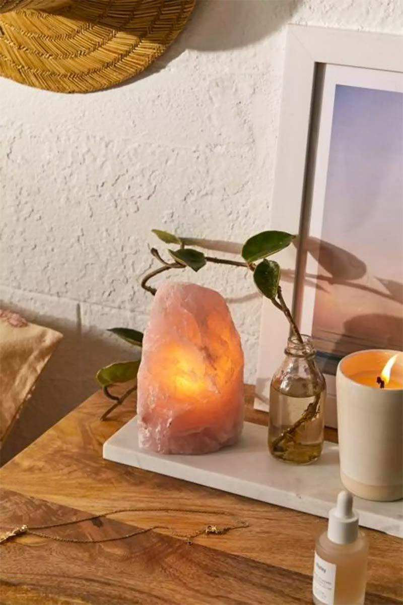 kristal lamp in slaapkamer