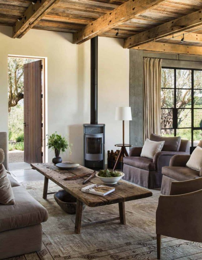 landelijk interieur woonkamer meubels