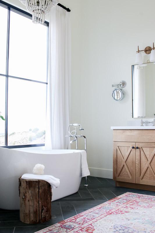 Landelijke badkamers voorbeelden houten badkamermeubel