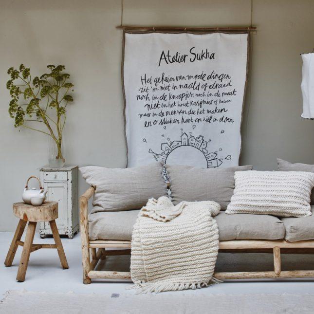 Lazy Sofa van Atelier Sukha
