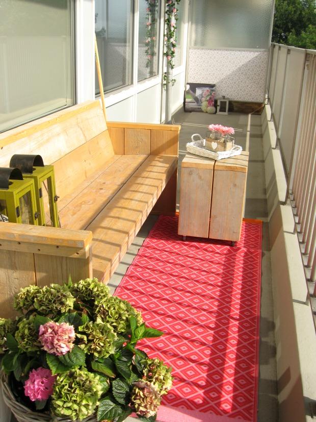 Leuke decoratie van balkon van Karin
