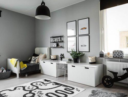 leuke-gedeelde-kinderkamer-in-zwart-wit-en-grijs