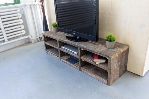 Leuke steigerhouten tv meubel