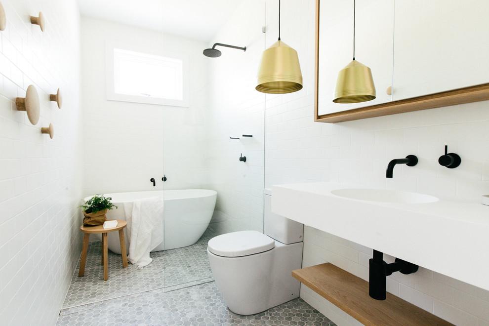 Lichte badkamer door c m studio interieur inrichting - Badkamer in m ...