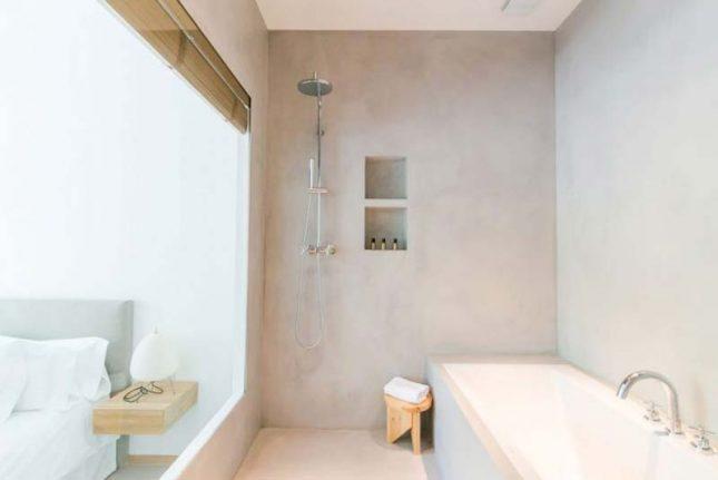 lichtgrijs tadelakt badkamer
