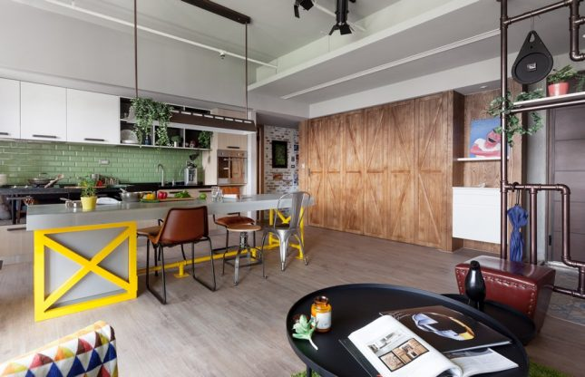 living inspiratie speelse woonkamer kookeiland houten kast