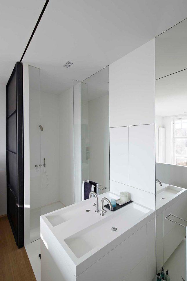 Loft slaapkamer in een Amsterdamse grachtenpand  Interieur inrichting