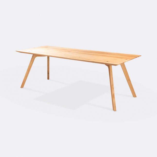 loods 5 houten eettafel