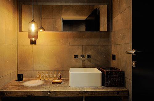 Luxe Chalet Badkamer : Luxe badkamer van chalet in oostenrijk interieur inrichting