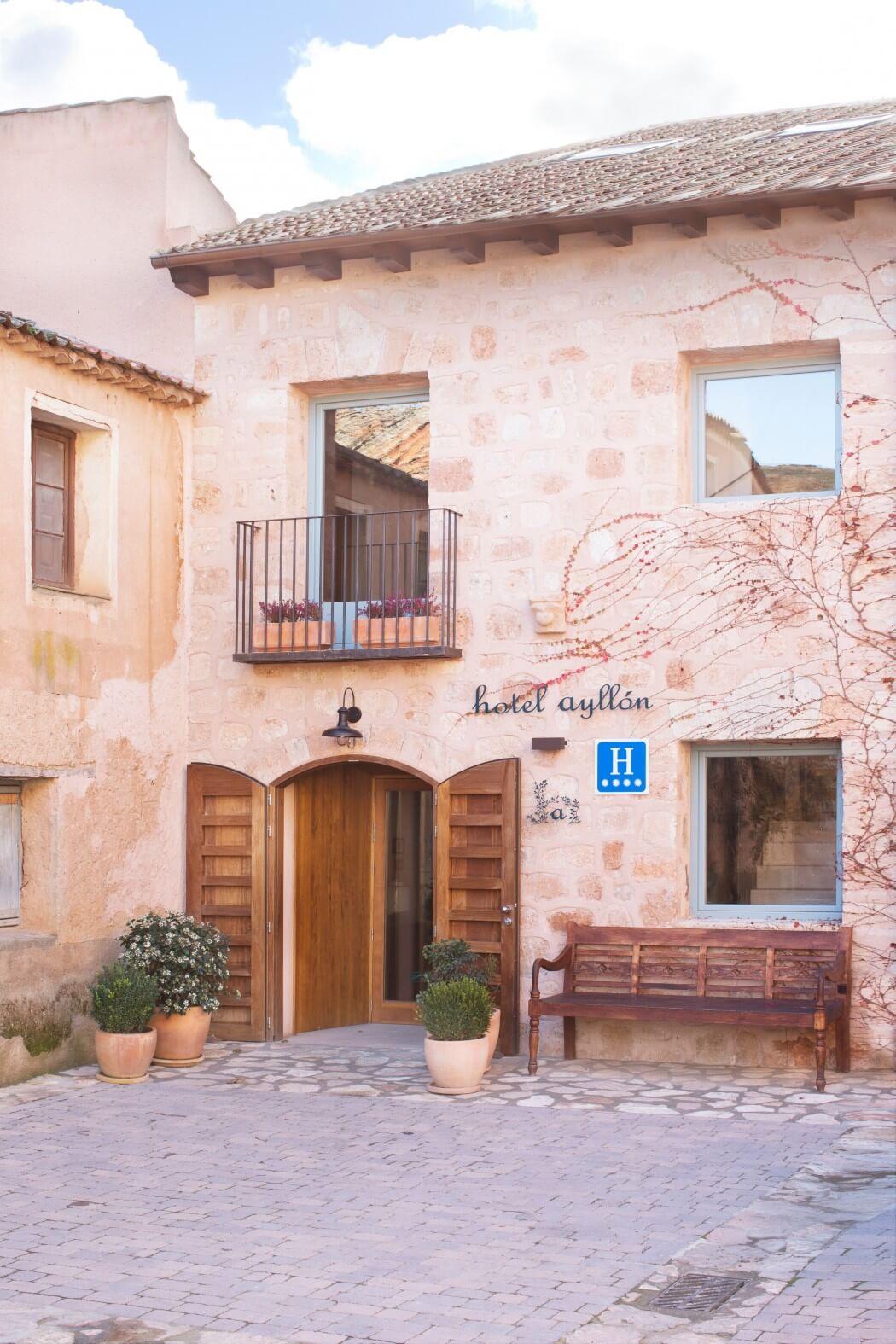 Luxe badkamer van hotel Ayllón
