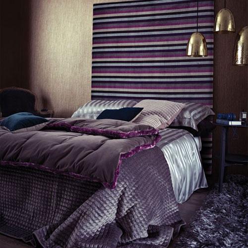 Luxe paarse slaapkamer  Interieur inrichting