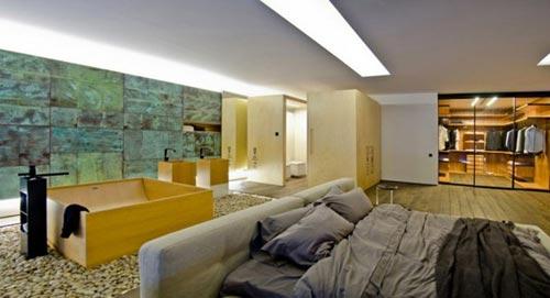 Luxe slaapkamer van loft in Kiev