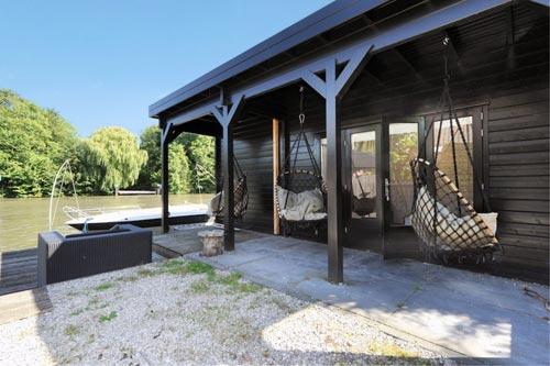 Luxe villa tuin