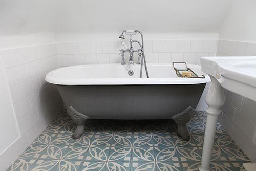 1000 images about kleine badkamer idee n on pinterest small bathrooms small bathroom designs - Badkamer inrichting ...