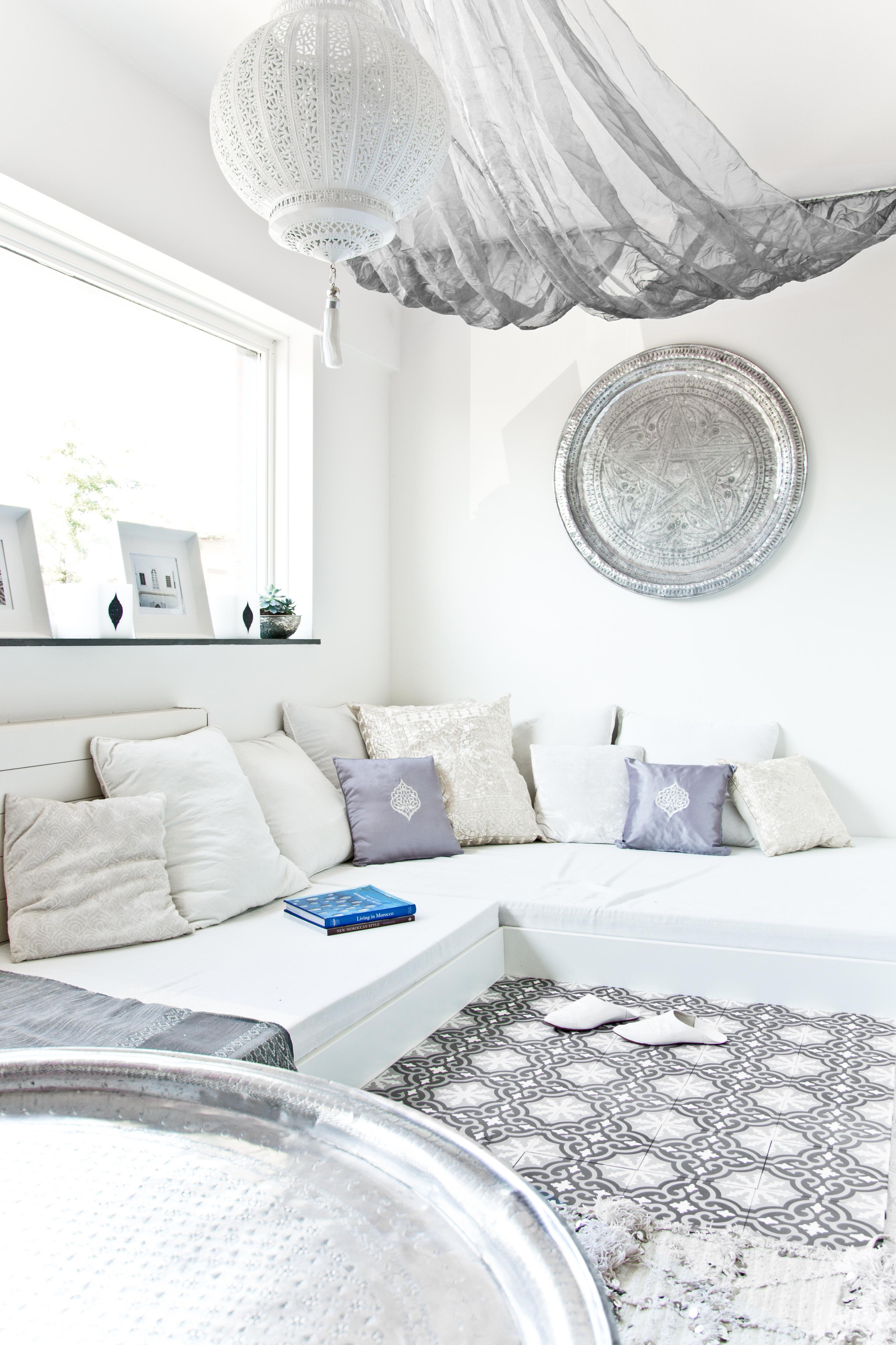 Marokkaanse dienbladen in huis