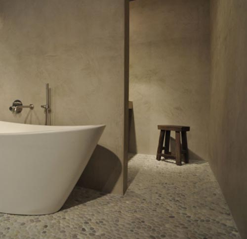 Beton Badkamer Waterdicht ~ betonstuc cre?ert een betonlook in de badkamer strak en modern