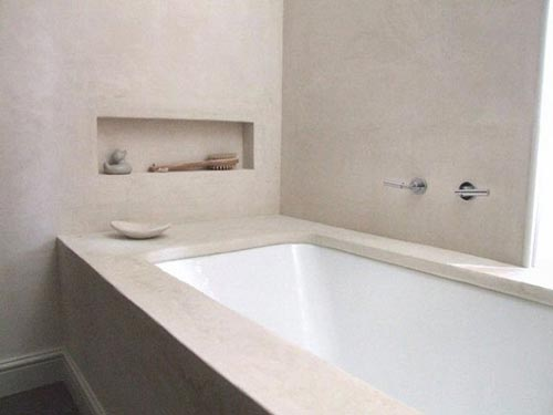 Matte betonstuc in badkamer interieur inrichting - En grijze bad leisteen ...
